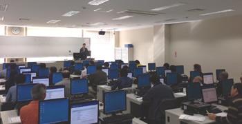 東北工業大学でのGISトレーニングの様子
